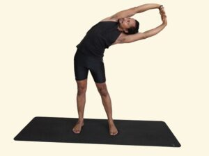 Tiryaka-Talasana-Swaying-Palm-Tree-Posture