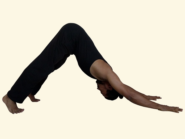 adho-mukha-svanasana-downward-facing-dog-modification-upper-back