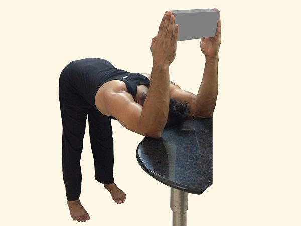 triceps-upper-back-scapula-stretch-yoga-pose